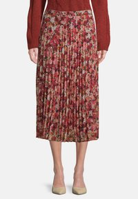 Betty & Co - Pleated skirt - red/rosè - 0