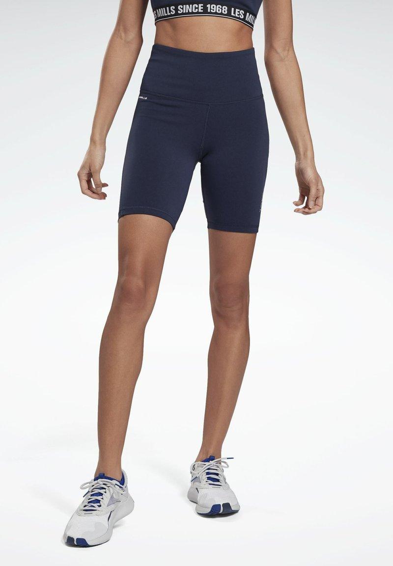 Reebok - LES MILLS® BEYOND THE SWEAT BIKE SHORTS - Shorts - blue