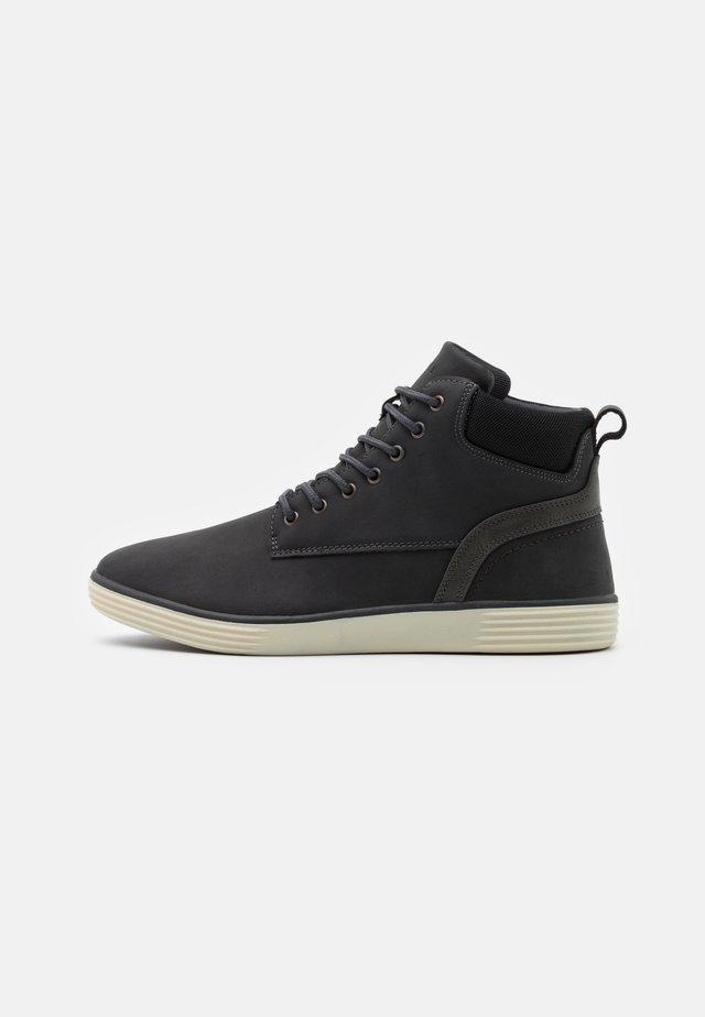 Zapatillas altas - dark grey