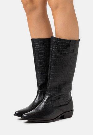CAROLINA KNEE HIGH BOOTS - Vysoká obuv - black