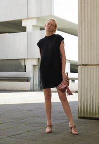 Alberta Ferretti - High heeled sandals - violet - 2
