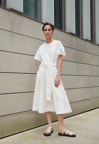 3.1 Phillip Lim - WRAPPED WAIST TIE DAY TSHIRT DRESS - Day dress - offwhite - 2