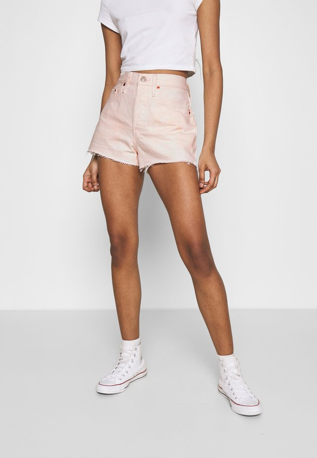 501® ORIGINAL - Shorts di jeans - peach
