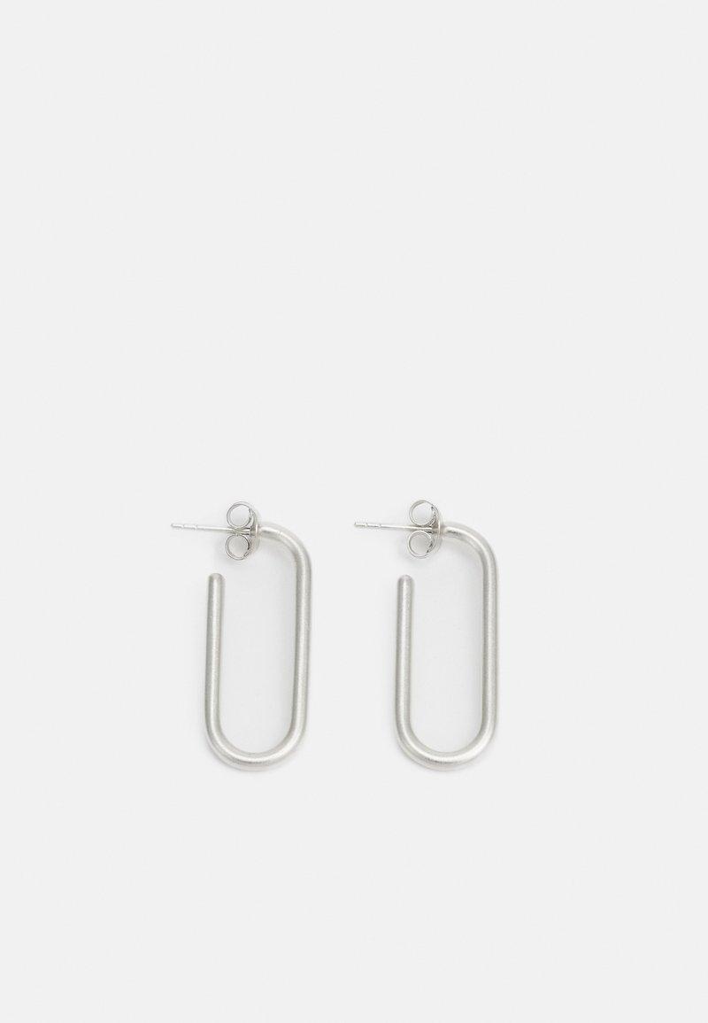Julie Sandlau - LINK HOOPS - Boucles d'oreilles - silver-coloured