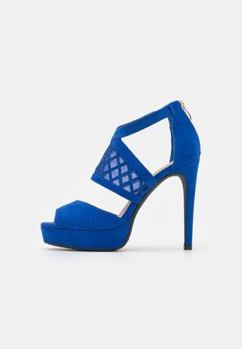 COMFORT - Sandales à talons hauts - blue
