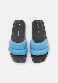 Proenza Schouler - PUFFY SLIDE - Mules - light pastel blue - 4
