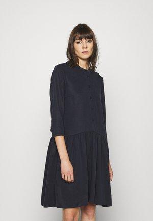 DRESS SHORT SLEEVE - Košilové šaty - deep dive