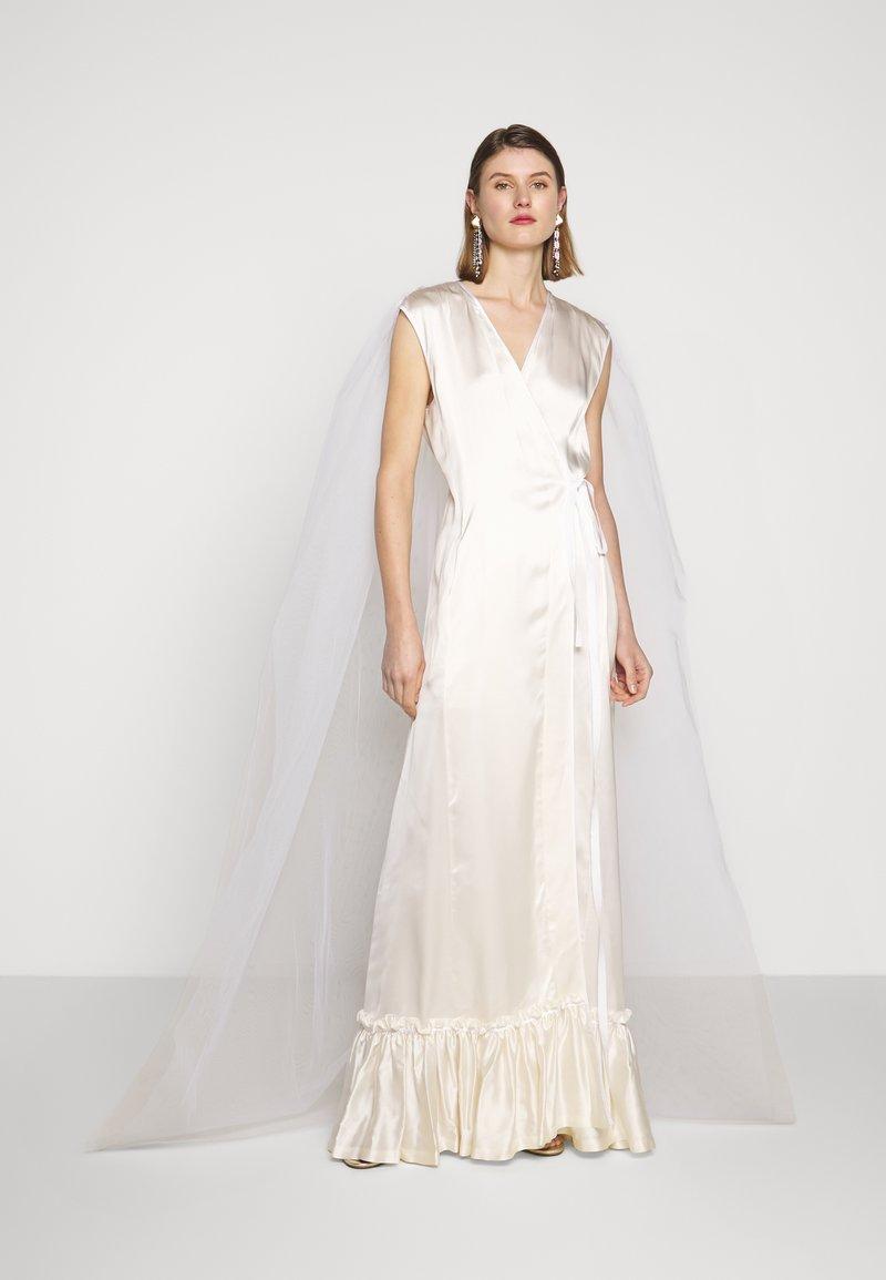 MM6 Maison Margiela - Společenské šaty - white