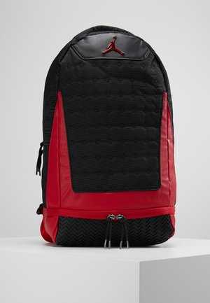 RETRO 13 PACK - Mochila - black/gym red