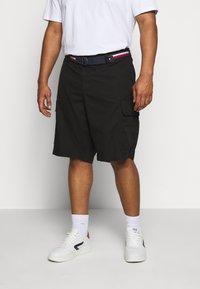 Tommy Hilfiger - JOHN  - Shorts - black - 0