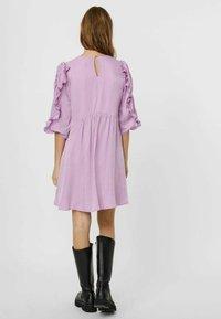 Vero Moda - Hverdagskjoler - violet tulle - 3