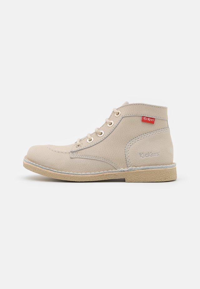 LEGENDIKNEW - Šněrovací kotníkové boty - blanc casse/sem blanche