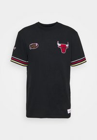 Mitchell & Ness - NBA CHICAGO BULLS FINAL SECONDS TEE - Club wear - black - 4