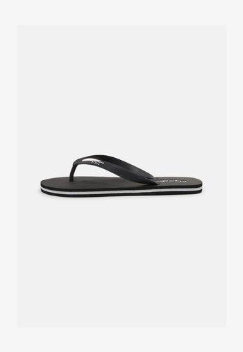 BAY BEACH CLASSIC - Pool shoes - black