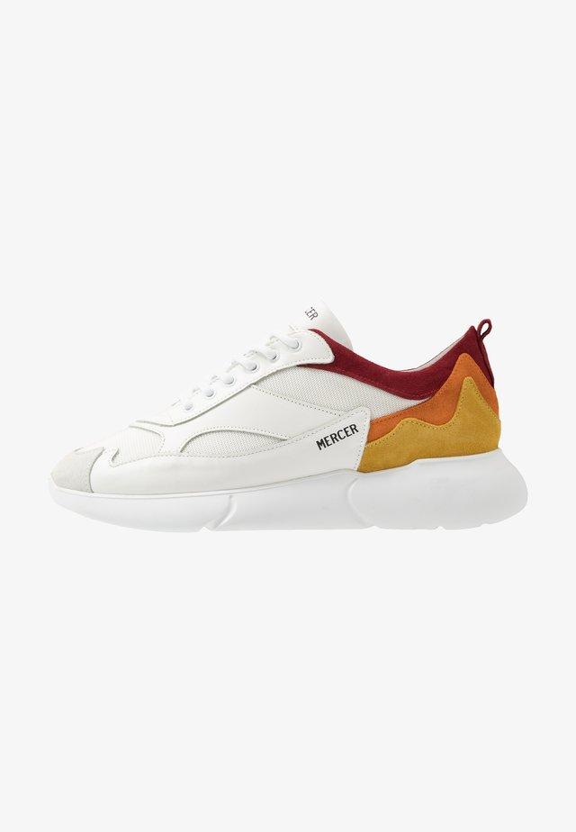 Sneakersy niskie - white/orange/yellow