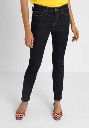 SCARLETT - Jeans Skinny Fit - rinse