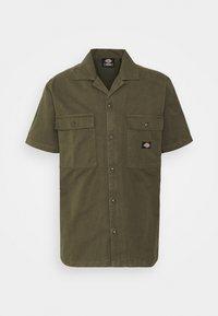 Dickies - PAYNESVILLE - Skjorter - military green - 4