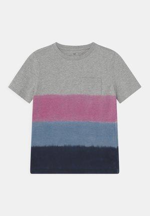 BOY 3 COLOR  - T-shirt print - pink azalea