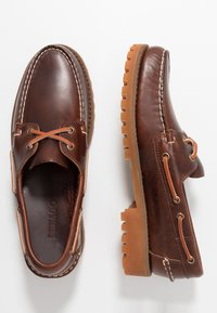 Sebago - PORTLAND LUG WAXY - Boat shoes - brown - 1