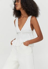 PULL&BEAR - Top - off white - 4
