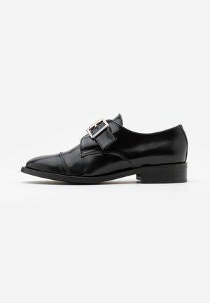 VINCE VEGAN - Slippers - black