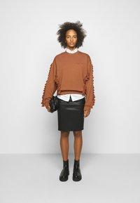 By Malene Birger - FLORIDIA - Leather skirt - black - 1