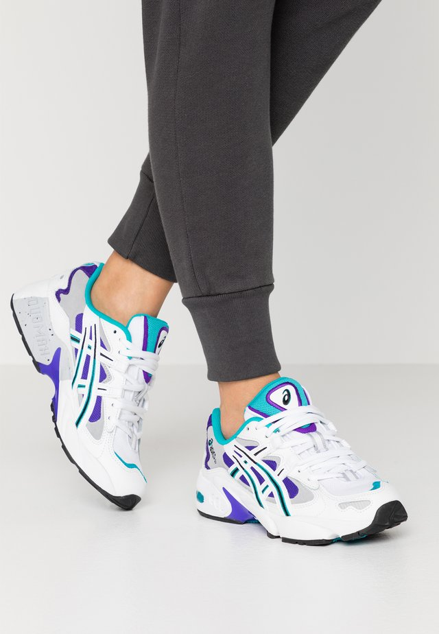GEL KAYANO - Matalavartiset tennarit - white/royal azel