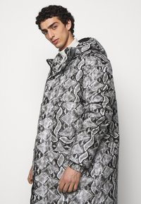 Just Cavalli - KABAN - Winter coat - black - 4