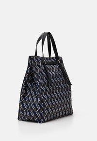 Furla - MAN GIOVE SHOPPER TESSUT - Shopping bag - toni militare - 1