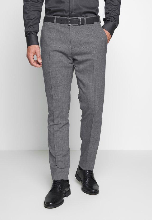 SLIM FIT FLEX PANT  - Puvunhousut - grey