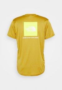 The North Face - REAXION BOX TEE - T-shirt med print - matcha green - 1