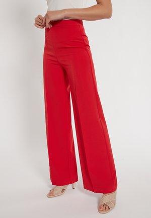 DASKANE - Trousers - rot