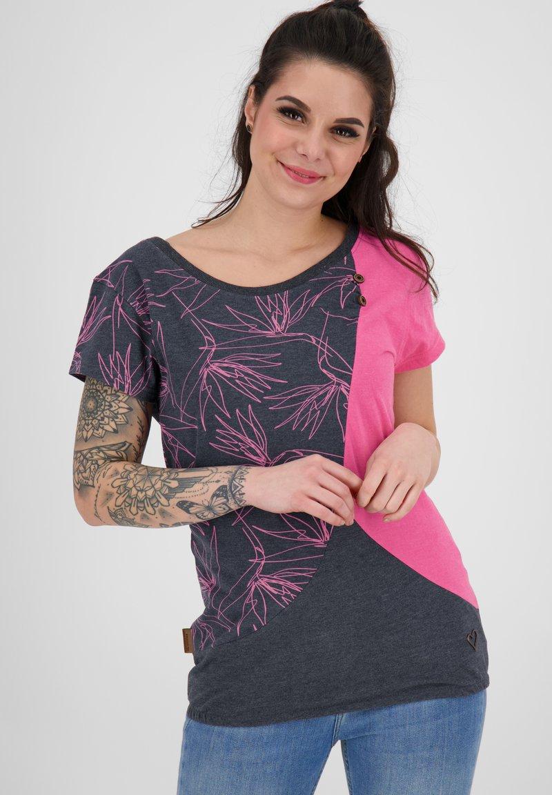 alife & kickin - ZOEAK - Print T-shirt - fuchsia