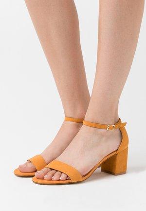 LEATHER - Sandalias - orange