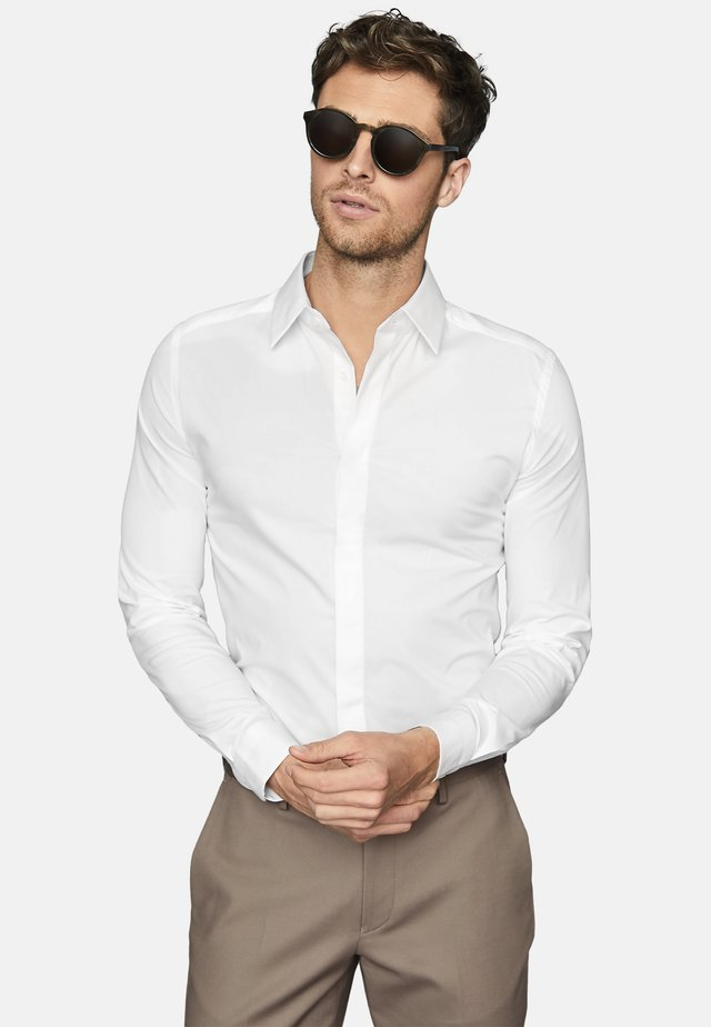 KIANA - Formal shirt - white