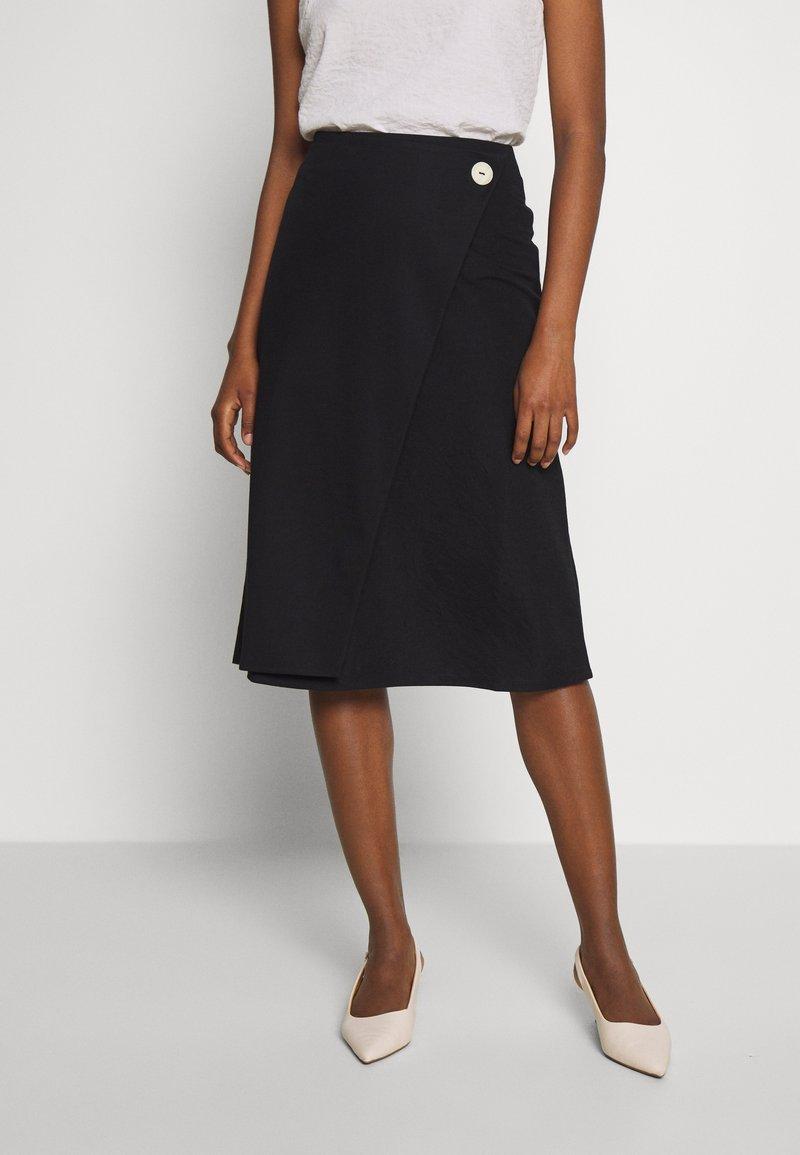Esprit Collection - WRAP SKIRT - Falda acampanada - black