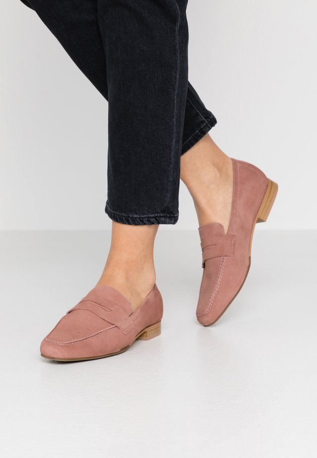 Loafers - blush
