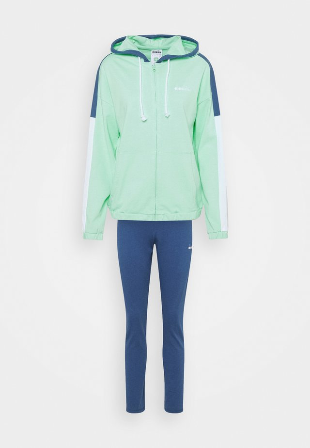 TRACKSUIT HOODIE SET - Survêtement - green honeydew