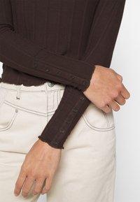 Pieces - PCSAOREM - Long sleeved top - mole - 5