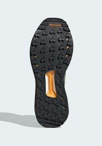 adidas Performance - FREE HIKER BOOST PRIMEKNIT HIKING SHOES - Hikingskor - green - 4