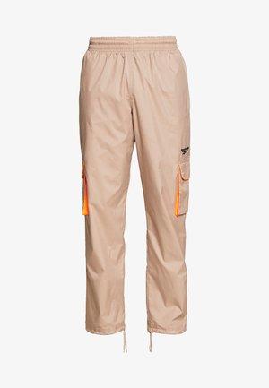 TRAIL PANTS - Pantalon cargo - tan