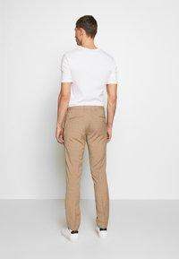 Viggo - OSTFOLD TROUSER - Kalhoty - brown - 2