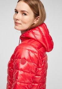 Q/S designed by - MIT KAPUZE - Winter jacket - red - 5