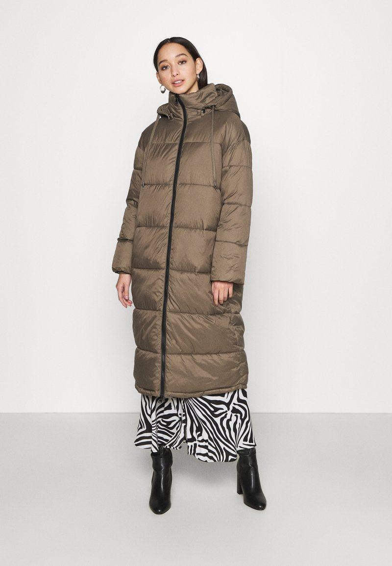 EDITED - OLWEN PUFFER COAT - Winter coat - grün