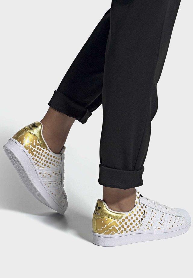 SUPERSTAR  - Zapatillas - gold