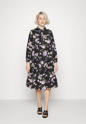PCMKRISSIE FRIDAY - Sukienka letnia - black