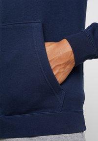 Nike Sportswear - CLUB FULL ZIP HOODIE - Zip-up hoodie - obsidian/white - 5