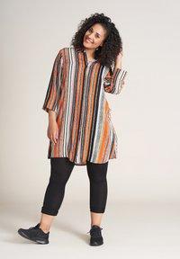 Studio - EMILIE - Button-down blouse - orange striped - 0