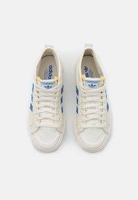 adidas Originals - NIZZA PLATFORM MID  - Sneakers hoog - offwhite/blue/chalk solid grey - 5