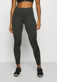 Under Armour - CAMO LEGGING - Punčochy - baroque green - 0